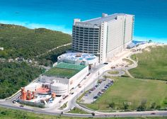 Cancun vacation Great Parnasus all inclusive has a baby club. food gets bad reviews