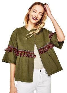 Zara Khaki Tassel Trimmed Jacket Size 4 (S) Hijab Fashion, Fashion Outfits, Womens Fashion, Fashion Trends, Luxury Fashion, Moda Zara, Textiles Y Moda, Mode Kimono, Boho Fashion Summer