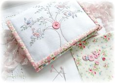 TUTORIAL - sweet and useful sewing caddy...