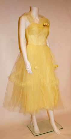 Items similar to Dresses, Vintage Yellow Tulle and Satin Gown, vintage gowns, tulle gown on Etsy Vintage Fashion 1950s, Vintage Dresses 50s, 50s Dresses, Vintage Costumes, Nice Dresses, Vintage Outfits, Fashion Dresses, Satin Gown, Mellow Yellow