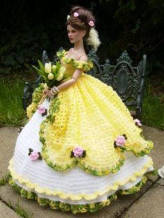 Alice: Repaint face by Sashableu. Crochet gown by me, Monika Stanislavova