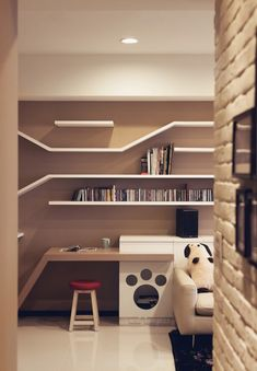 Wall shelves are wonderful ideas for pet furniture design. Lushome presents inspiring wall shelves envisioned by Taiwanese design firm Thinking Design which add wonderful vertical spaces for cats create plenty of book storage and provide great inspirati Pet Furniture, Apartment Furniture, Furniture Design, Etagere Design, Custom Shelving, Modern Shelving, Shelving Ideas, Contemporary Apartment, Cat Room
