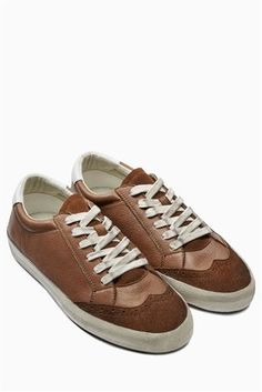Next trainers