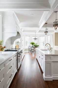 Kitchen with a long center island #kitchen #kitchenidea http://www.cleanerscambridge.com/