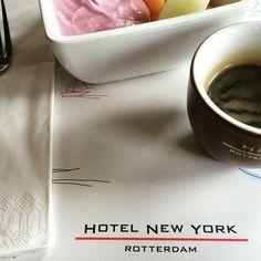 Yoghurt and coffee at Hotel New York Rotterdam. Photo: @brentren