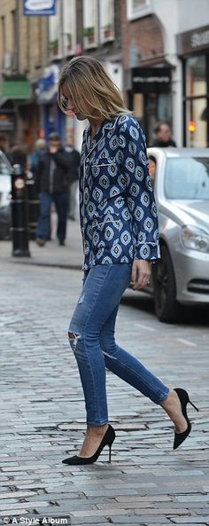 Louise Redknapp models the latest pyjama trend | Daily Mail Online