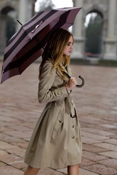 everyone needs a great trench in their life + a great big umbrella