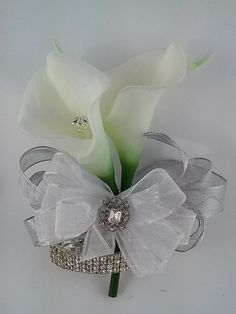 Ready to Ship White and Silver Calla Lily Wrist Corsage-Real Touch Calla Lily Corsage-Rhinestone Wedding Corsage-Prom Corsage-Homecoming Prom Corsage And Boutonniere, Brooch Corsage, Corsage Wedding, Wrist Corsage, Wedding Bouquets, Corsages, Calla Lily Bouquet, Calla Lillies, Prom Flowers