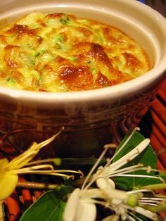 Clafoutis de courgettes Cuisine Diverse, Cheeseburger Chowder, Entrees, Macaroni And Cheese, Chili, Soup, Gluten, Cooking, Veggies
