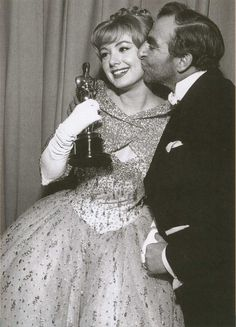 "Shirley Jones - Best Supporting Actress for ""Elmer Gantry"" (1960) - Kissed by presenter Hugh Griffith"
