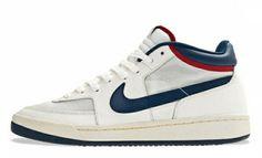 Nike Challenge Court Vintage 'John McEnroe' 2012 - Next in line