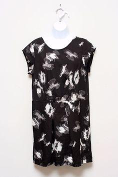 Silence + Noise Urban Outfitters Black & White Print Tunic Dress Mini Size L…