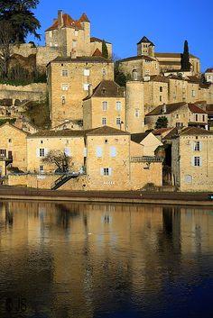Puy-l Eveque, Midi-Pyrenees, France Copyright: juliette samson Département Du Lot, Places To Travel, Places To See, Culture Of France, Belle France, Beaux Villages, Dordogne, Pyrenees, France Travel
