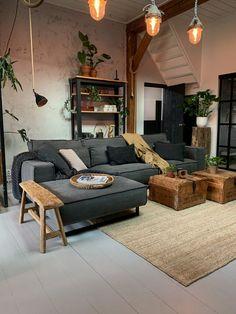 Living Room Interior, Home Living Room, Living Room Decor, Luxury Homes Interior, Home Interior Design, Interior Ideas, Best Modern House Design, Shabby, Loft