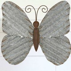 Metal Art Projects, Welding Projects, Metal Crafts, Metal Yard Art, Scrap Metal Art, Barn Tin, Tin Flowers, Corrugated Tin, Butterfly Wall Decor