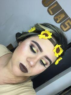 Makeup yellow #makeupslaves#wakeupandmakeup#makeuptutorial#makeup#makeuplife#highlighter#beautifulmakeup#makeupinspiration#jlashusa#jlashcolombia#hudabeauty#hudabeautypalette#anastasiabeverlyhills#lipstickmac #maclipstick#allmodernmakeup