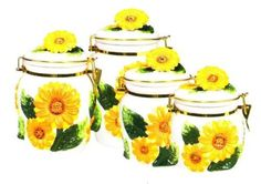 Sunflower Theme Kitchen Decor - I love sunflowers! So cheery! Kitchen Canisters, Toy Kitchen, Kitchen Stuff, Kitchen Tools, Kitchenware, Sunflower Themed Kitchen, Sunflower Bathroom, Sunflower Arrangements, Sunflower Decorations