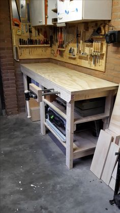 The Right Woodworking Plans Make Woodworking Projects Easy - wood working projects Garage Workbench Plans, Building A Workbench, Workbench Designs, Diy Workbench, Garage Tools, Woodworking Shop Layout, Woodworking Bench Plans, Woodworking Projects Diy, Workshop Storage
