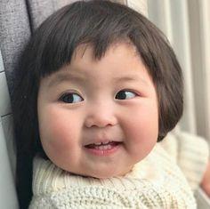 Cute Asian Babies, Korean Babies, Asian Kids, Cute Baby Meme, Cute Funny Babies, Twin Baby Photography, Cute Kids Photography, Whats Wallpaper, Cute Baby Wallpaper