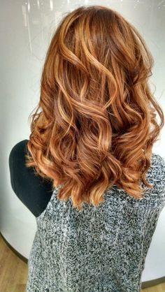 Gorgeous fall hair color for brunettes ideas (63)