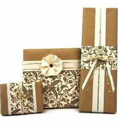 #Christmas gift #wrapping ideas ToniK ⓦⓡⓐⓟ ⓘⓣ ⓤⓟ #DIY #crafts natural giftdecorating.com