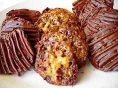Mennyei Moszkauer recept! A moszkauer egy igen közkedvelt édes teasütemény. Elkészítése roppant egyszerű, és gyors. Próbálja ki Ön is! Sweet Cookies, Cake Cookies, Hungarian Recipes, Hungarian Food, Baked Potato, Oreo, Nom Nom, Recipies, Sweets