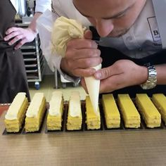 """Piping on """"My Lemon"""" and getting ready for the final buffet....more to come @vincent_vallee @chicagochocolateacademy #vincentvallee #cacaobarry #CacaoCollective ."""