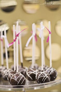 Wedding sweets bar cake pops from The Sweet Side, Seattle  Photo: Alante Photography