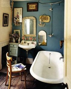 Vintage Interior bathroom | Image via imagesearch.naver.com