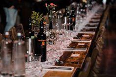 Lekker met z'n allen aan een grote tafel of liever kleiner? Foto: Wianda Bongen