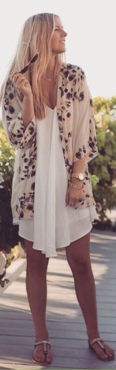 Love this flowy, casual style