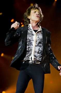 THE ROLLING STONES | The Rolling Stones started their 14 ON FIRE...