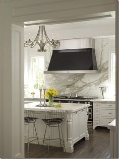 Love this kitchen. Gourmet Kitchen www.OakvilleRealEstateOnline.com