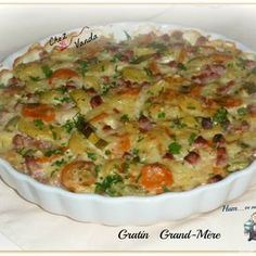 Gratin grand mère WW Bechamel, Healthy Dinner Recipes, Low Carb Recipes, Weight Watchers Menu, Weigth Watchers, Musaka, My Best Recipe, Potato Dishes, 100 Calories