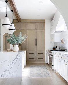 Kitchen Interior, New Kitchen, Kitchen Decor, Kitchen Island, Modern Kitchen Design, Kitchen Ideas, Custom Home Builders, Custom Homes, Beautiful Kitchens