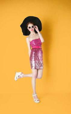 ALICE + OLIVIA Rigby Sequin Tube Dress