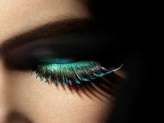 Cool eye makeup, peacock inspired...