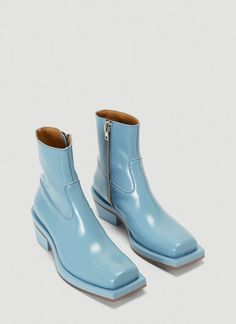 Ion blue Squared-Toe Cowboy Boots in leather, made in Italy. Discover & shop online on LN-CC. Dream Shoes, Crazy Shoes, Me Too Shoes, Cowboy Boots Women, Cowboy Shoes, Cowgirl Boots, Western Boots, Riding Boots, Sock Shoes