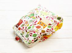 Double kiss lock coin purse clip frame make up pouch wallet cosmetic bag owls tree leaf  brown green white red argent two compartment gift…