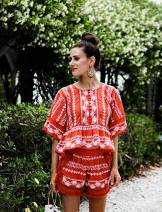 I'm exploring Anna Maria island in the prettiest matching separates (my idea of the perfect beach outfit) from Orchard Mile over on thedandyliarcom. | Boho Chic Embroidered Set | Mexican Top Shorts Tassels| Coral Color Heels Lace Up Fringe | White Handba