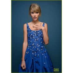 Taylor Swift 'One Chance' TIFF Premiere Portrait Session! ❤ liked on Polyvore