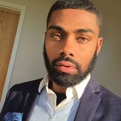 Those eyes tho Fine Black Men, Gorgeous Black Men, Handsome Black Men, Pretty Eyes, Beautiful Eyes, Dark Man, Eye Candy, Black Men Beards, Beard Game