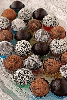 Vegan raw truffles