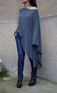 Loose Blouse/Long  Blouse/Batwing Top/Oversize Top/Extravagant
