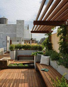 INSPIRAÇÃO DO DIA Jardim no terraço aproveita o impacto da vista panorâmica