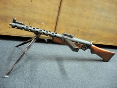 Italian breda model 30 light machine gun it was the standardroyal the czech zk 383 was very well made from machined parts and had such luxuries as sciox Images