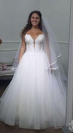 5b3a9163e240 ...  Atelier  Abiti  AbitoDaSposa  WeddingDress  WeddInginItaly  Moda   Matrimonio  Sposa  Bride  Fashon  CoutureBride  TuttoSposi  Fiera  Wedding   Campania