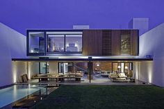 From a deteriorated house to a modern residence