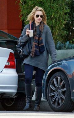 Love this. Looks sooo comfy! I love Dianna Agron's style!!