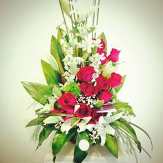 #BlossomArt #FlowerBoutique #CreatingIdeas #CaboFlowers #CaboEvents 》 Expressing Your Feelings